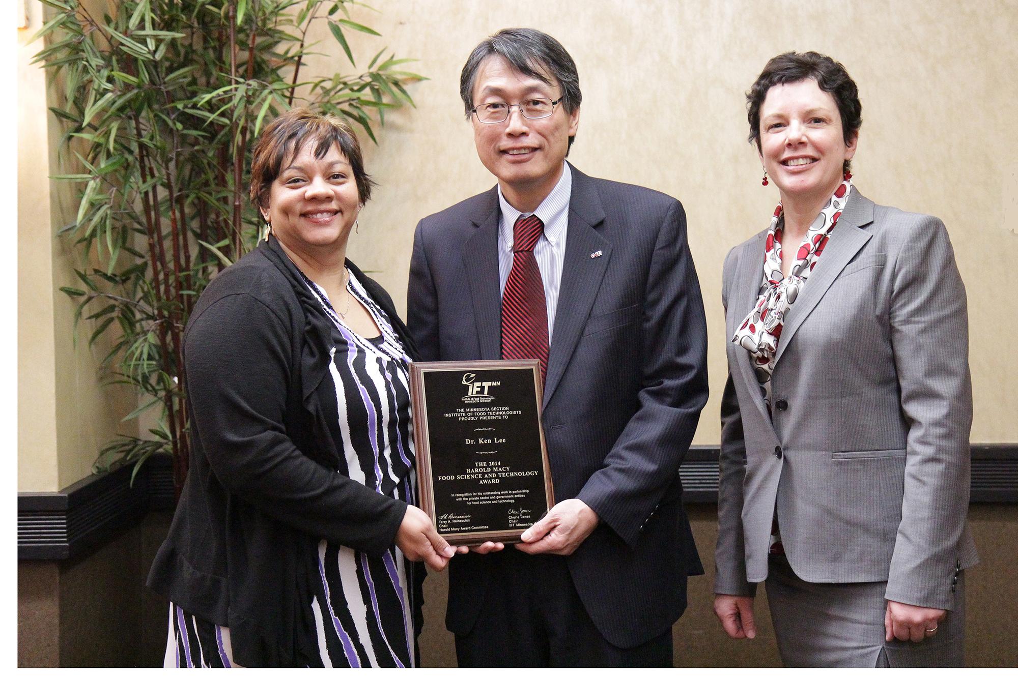 Ken Lee - 2014 Macy Award Winner